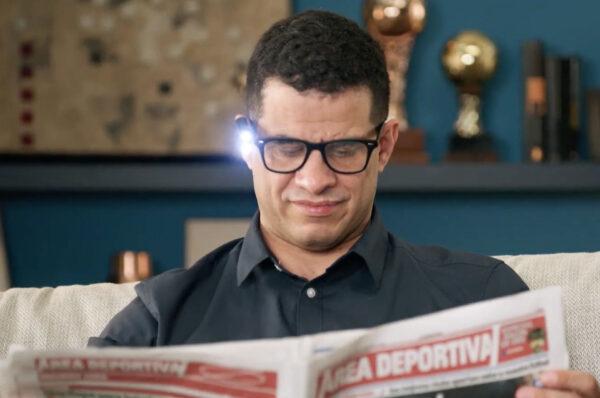 OrCam Anwendung Lesen mit Licht